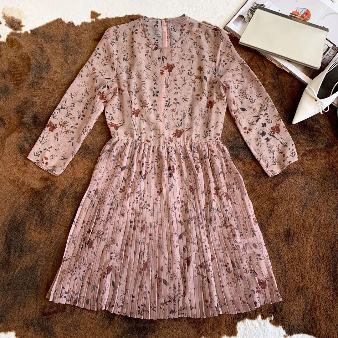 2019 neue Mode Druck Rundhals Sling Seide Luxus Kleider für Frauen Freeshipping-in Kleider aus Damenbekleidung bei  Gruppe 1