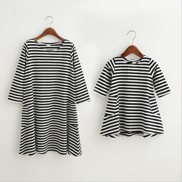 1d8c75fe2 mom and daughter couple look stripe family matching outfits Baby Girls  clothes dress mother daughter Children dress clothing