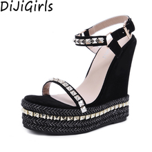 Женские сандалии-гладиаторы AIYKAZYSDL на платформе с ремешком на щиколотке, туфли на танкетке с заклепками в готическом стиле, обувь на очень вы...