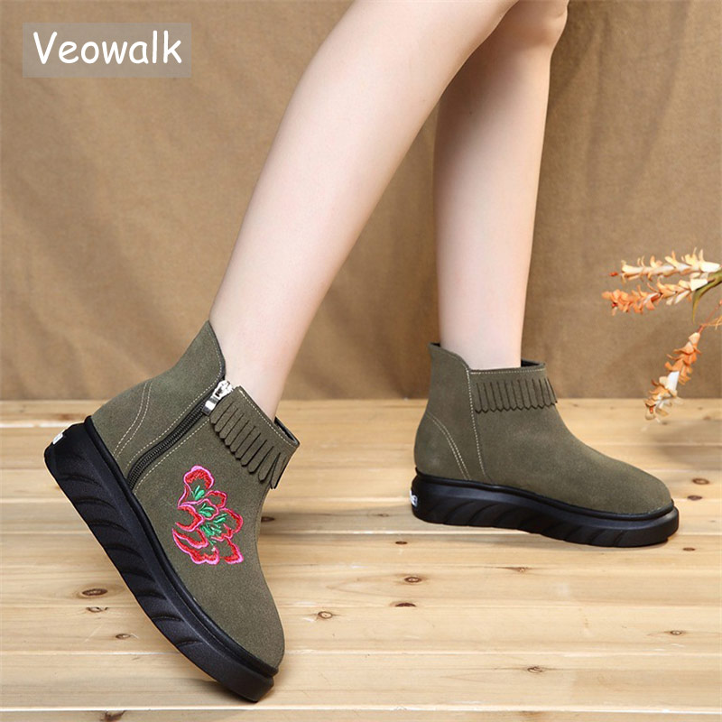 Veowalk Autumn Women Casual Micro Suede Embroidered Flat Short Ankle Boots Ladies Old Beijing Embroidery Tassel Booties Shoes