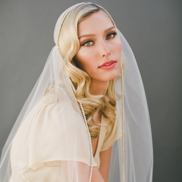 Vintage Gold Crystal Juliet Cap Veil Wedding Veil Gold Rhinestone Edge Veil 1920s Bridal Accessories Gatsby Art Deco Veils
