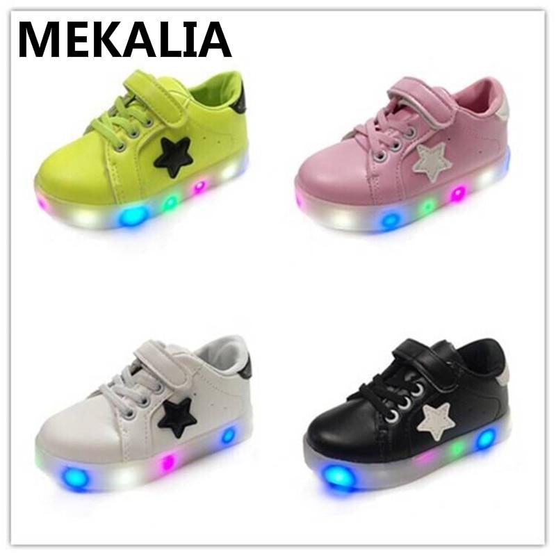 Zapatos Niños zapatillas brillantes PU fondo plano transpirable luz zapatos led zapatos EU 21-29 niños zapatos 4 colores entrega rápida