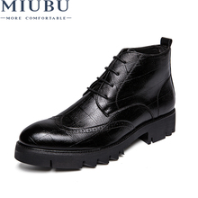 MIUBU 2019 Korean Version Leather Men Ankle Shoes Autumn Warm High-Top Fashion Lace-Up Man Solid Color Shoes Outdoor For Males new italy designer artificial leather men ankle shoes autumn winter warm high top stamping pattern lace up man black punk shoe