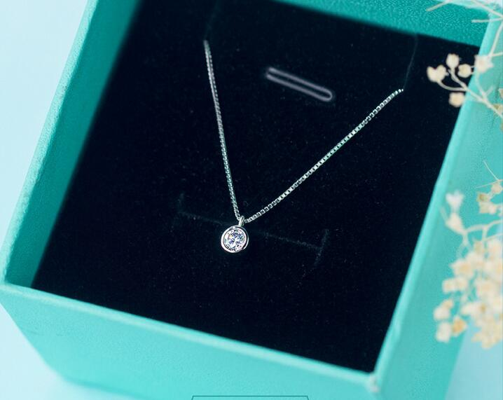 Real. 925 Sterling Silver Jewelry Lucky Solitaire Round CZ Pendants/ Necklace 5mm tinny /small jewelry GTLX706Real. 925 Sterling Silver Jewelry Lucky Solitaire Round CZ Pendants/ Necklace 5mm tinny /small jewelry GTLX706