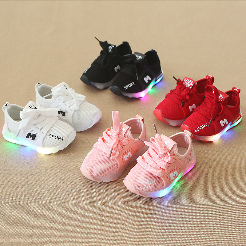 New Children Luminous Shoes Boys Girls Sport Shoes Baby Flashing LED Lights Fashion Sneakers Toddler's Sports Shoes SSH19054