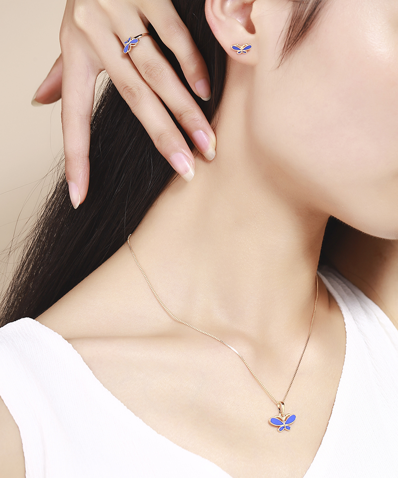 Womens Cutout Necklace Earrings Ring Bracelet Jewelry Set A Set of Four