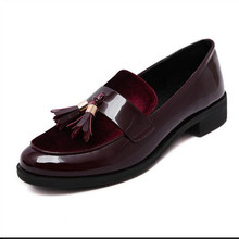 2016 New Arrive Retro tassel shoes female Round head  Thick with shallow mouth Loafers Wine red patent leather Flats Women Shoes