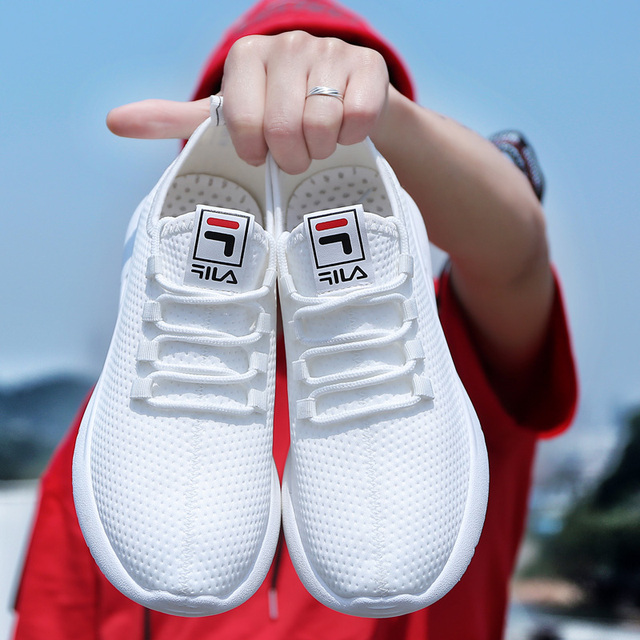 Spring Autumn Running Shoes for Men Light Sports Mens Shoes Cheap White Red Low Top Lace-Up Korean Sneakers Women 2019