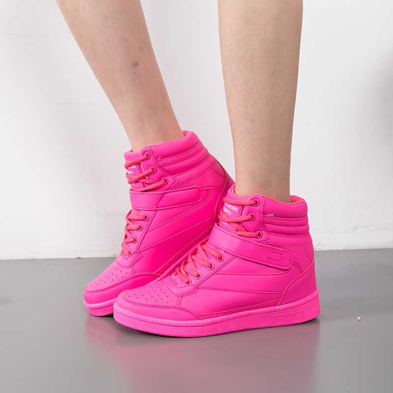 ตุ๊กตาผู้หญิงที่อบอุ่นฤดูหนาว 2018 ฤดูหนาวใหม่ Wedge ส้นรองเท้าผู้หญิงแฟชั่นรองเท้าข้อเท้ารองเท้า Snow botas อังกฤษสไตล์