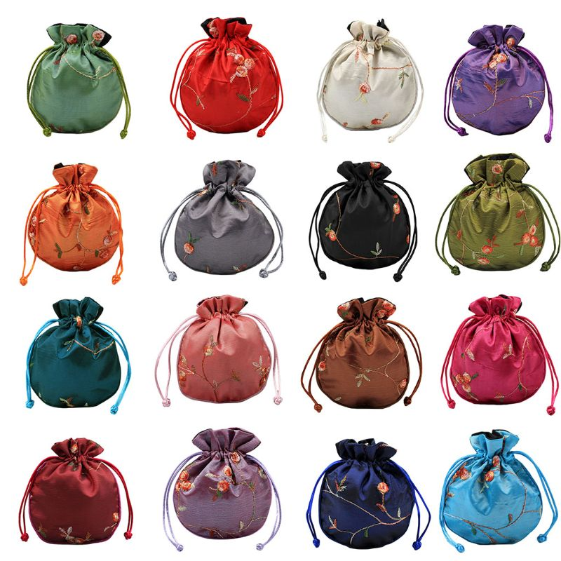 1pc Fashion Traditional Silk Travel Pouch Classic Chinese Embroidery Jewelry Packaging Bag For Girls Womren