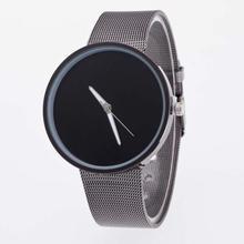 Unisexové hodinky s čistým ciferníkem