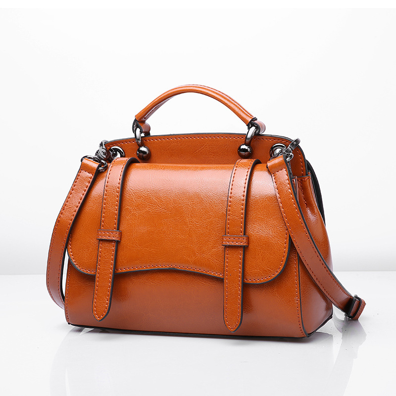 Vintage Boston Oil Wax Genuine Leather Luxury Handbags Women Messenger Bags Designer Shoulder Bag Female Hand Bag 2019 C1047Vintage Boston Oil Wax Genuine Leather Luxury Handbags Women Messenger Bags Designer Shoulder Bag Female Hand Bag 2019 C1047