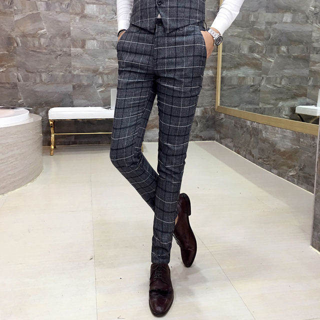 Pantalones de tela escocesa Clásica de los hombres Delgados ocasionales de los hombres pantalones casuales de negocios vestido de fiesta del banquete de alta calidad 2017 traje de otoño pantalones K54
