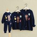 Coréia do sul fábrica de outono e inverno Urso Camisetas de Algodão de moda T-shirt da família equipado mãe e filha Pacote Familiar