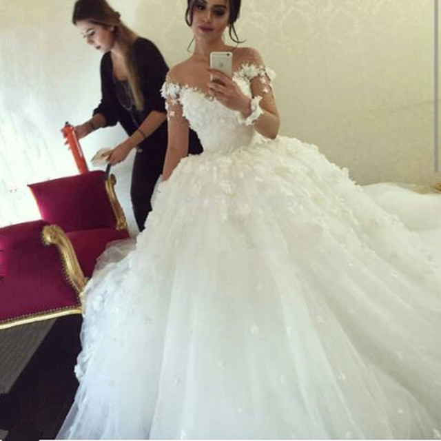 6771ca1d685f Long Sleeve muslim Wedding Dresses arab Lace Appliqued Flowers Sheer Sweetheart  Tulle Ball Gown Wedding Dresses
