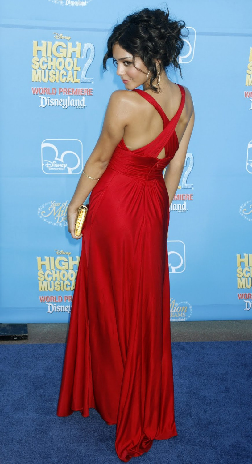 Vanessa Hudgens roten kleid high school musical Premiere celebrity ...