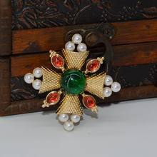 Europee e Americane cut croce di colore verde tesoro retro Oriental Flower Pin(China)