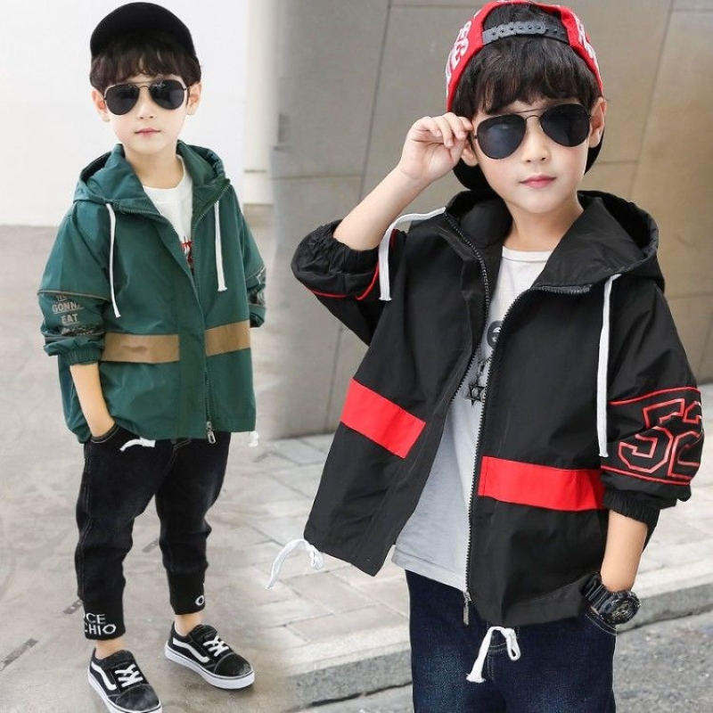 INS hot Boys Outdoor Jackets 4-13 year old Korean Sping and autumn jacket boys   trench   Contrast stitching cartoon print coat