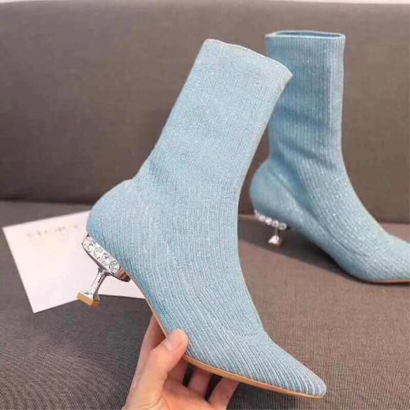 2019 Bahar örme çorap Çizmeler Lüks Marka Kristal Kadın Çizmeler Sivri Burun Rhinestone Med Buzağı Çizmeler Kadın Yavru Topuk Ayakkabı