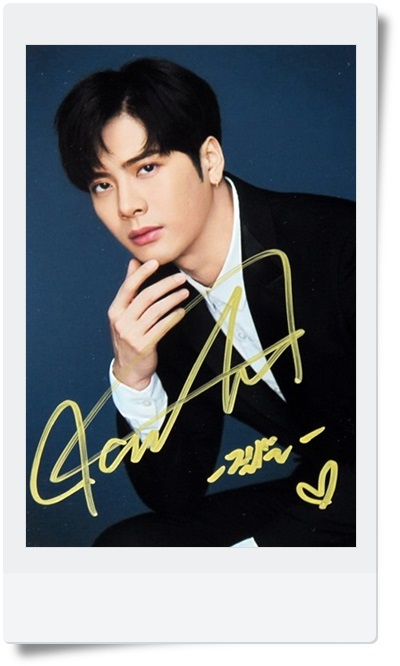 signed GOT7 Jackson autographed photo 6 inches free shipping  09201701 got7 got 7 youngjae kim yugyeom autographed signed photo flight log arrival 6 inches new korean freeshipping 03 2017