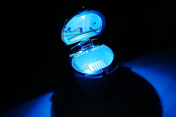 Car ashtray quality alloy led lighting ashtray car ashtray