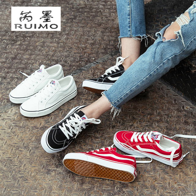 02315d7d1696 Student Fitness Shoes Woman Flat Sports Canvas Shoes Girl Oxford Shoes  Retro Couple Flat Shoes For