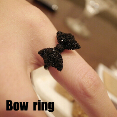 nz291 Fashion Vintage Cute Black Rhinestone Butterfly Bow Rings Jewelry Hot Sell