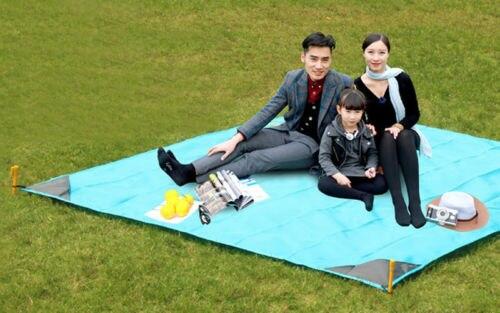 Picnic Blanket Family Waterproof Camping Rug Folding Travel Beach Mat Carry Bag