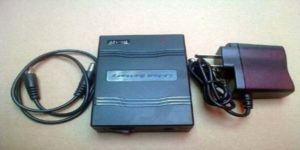 Free customs taxes and shipping 100pcs/lot Super LED Strip Power Supply li-ion UPS Battery 12V 1800mah with US/UK/AU/EU Charger