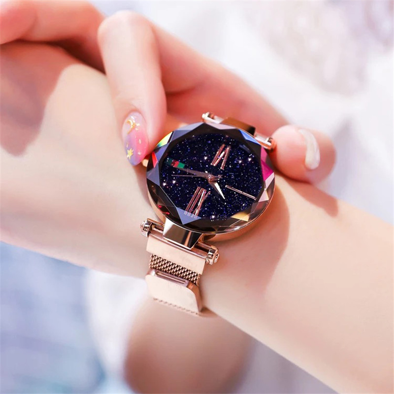 2019 new Luxury Rose Gold Women Watches Minimalism Starry Sky Magnet Buckle Fashion Casual Female Wristwatch Roman Numeral Clock2019 new Luxury Rose Gold Women Watches Minimalism Starry Sky Magnet Buckle Fashion Casual Female Wristwatch Roman Numeral Clock