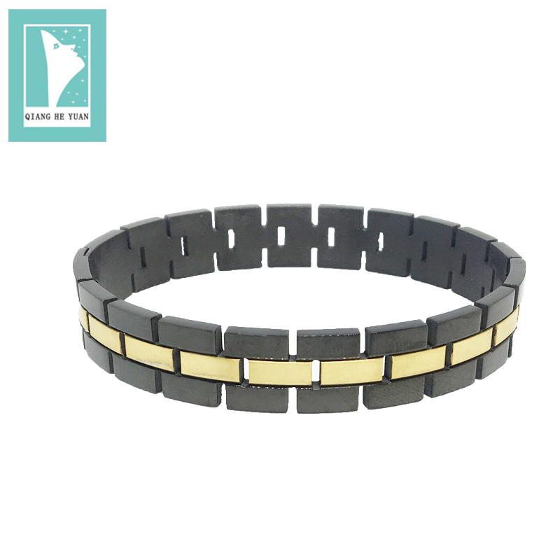 Hot  Selling Europe and the United States men 's stainless steel  20cm cuff bracelet with easy to pull magnet claps