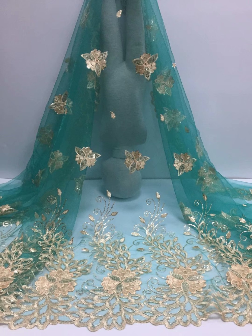 very beautiful gold new style flower embroidery African dark green tulle sequin Lace fabric For Bridal Luxury Dresses zj16l