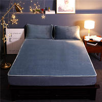 High Quality Winter warm Super soft Solid Cloour Fitted Sheet flannel Mattress Cover Four Corners With Elastic Band Bed Sheet