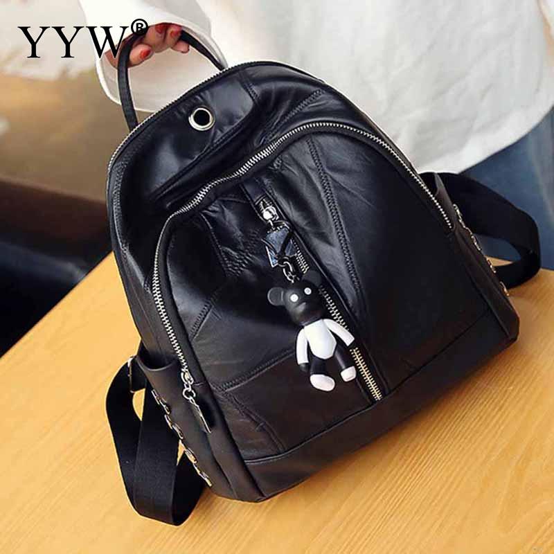 Cuir synthétique polyuréthane noir sac à dos femme sacs à dos d'ordinateur portable pour les femmes et les adolescentes nouveau Mini sac d'école de voyage avec pendentif de poupée