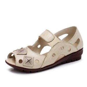 Image 3 - BEYARNE 2019New bahar yaz takozlar sandalet kadın Hollow Casual kadın ayakkabı hakiki deri sandalet kadın Peep Toe büyük SizeE334