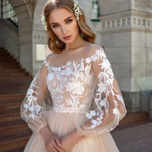 Image 2 - Long Sleeves Wedding Dress 2019 Champagne Tulle Skirt Vestido de Noiva Lace Appliqued Bride Dress Robe Mariage