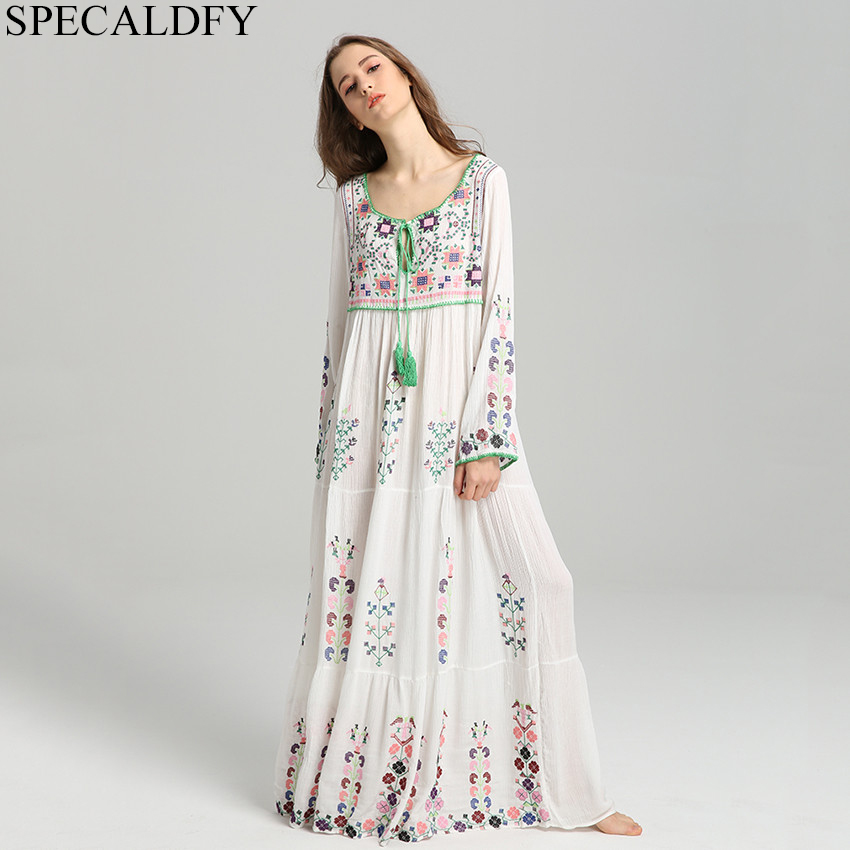 2019 printemps rétro broderie bohème Robe grande taille Maxi Robe femmes à manches longues à lacets longue chemise Robe coton Robe Femme