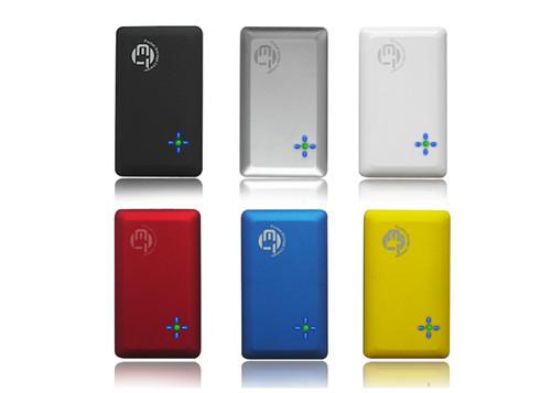 Alta qualidade universal 2600 mah banco de energia portátil com plug ac