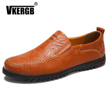 New designer shoes for men Soft Leather luxury loafers Handmade Casual Shoes MenS Driving Fashion Men Flat