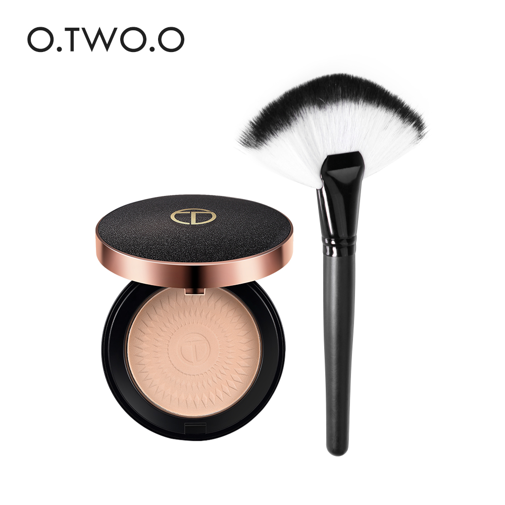 O.TWO.O Make Up Face Powder Foundations Oil-control Brighten Concealer Whitening Pressed Powder With Puff Get a Brush