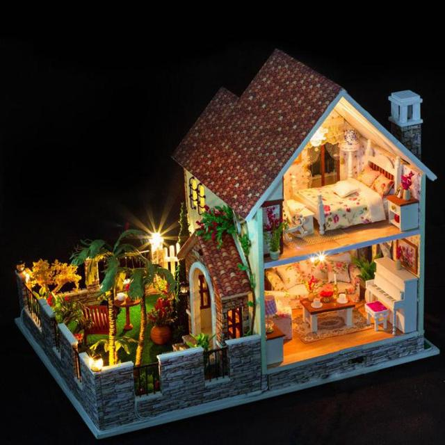3D Miniature Large Wooden Doll House with Room Furniture