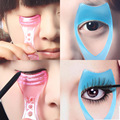 1pcs Eyeliner And Mascara Auxiliary Tool Novice Required Eye Make Up Tools maquiagem Multifunction Convenience Random Color