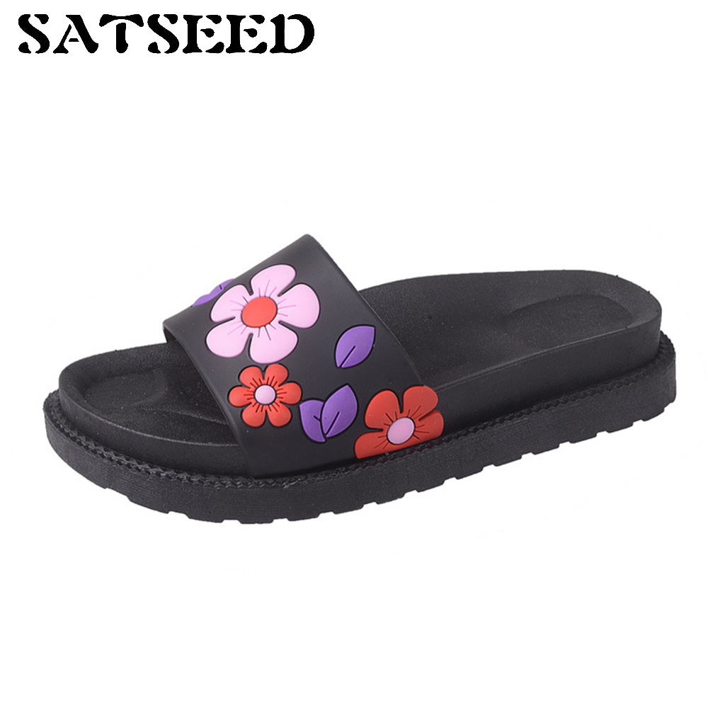 Summer 2017 New Rome Ladies Slippers Flat Word Drag Pure Color Fashion Flowers Ladies Cool Mop Slides
