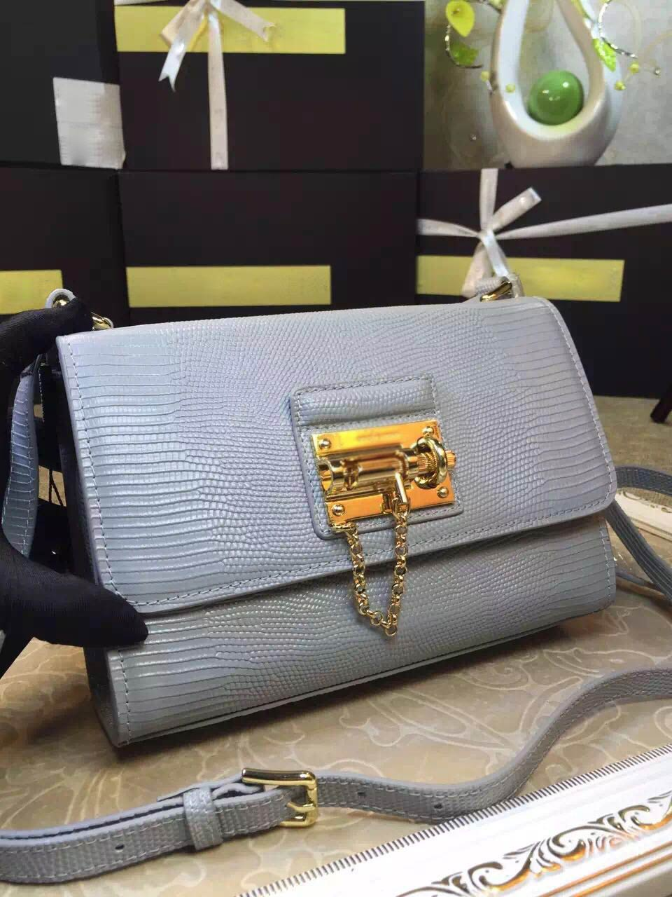 2016 new winter leather Crossbody Bag Lady blue fashion leather handbag