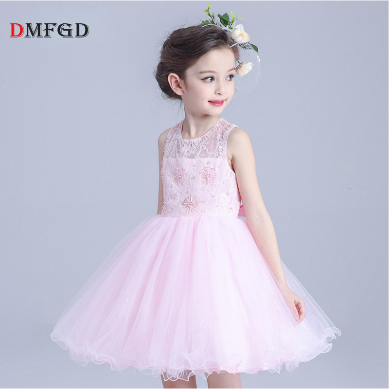 2018 New white lace children dress summer costume girl clothes princess dress sleeveless kids flower performance party dresses gril flower dress multi storey white clothes stage girl performance children show clothes for dance with a pair of glove