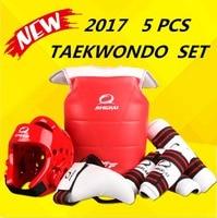 Groothandel WTF goedgekeurd Taekwondo beschermers suite Helm borst shin arm guards Kind karate hoofddeksels MMA kick body hugo Helmen