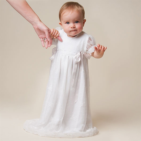 0-2 Y Comfortable Baby Girls Christening Dresses White Short Sleeve Straight Floor-Length Appliques Silk Baby Christening Gowns