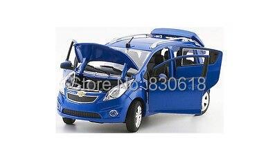 NIB 1/24 Norscot CHEVROLET DIeCast Car Model-Azul
