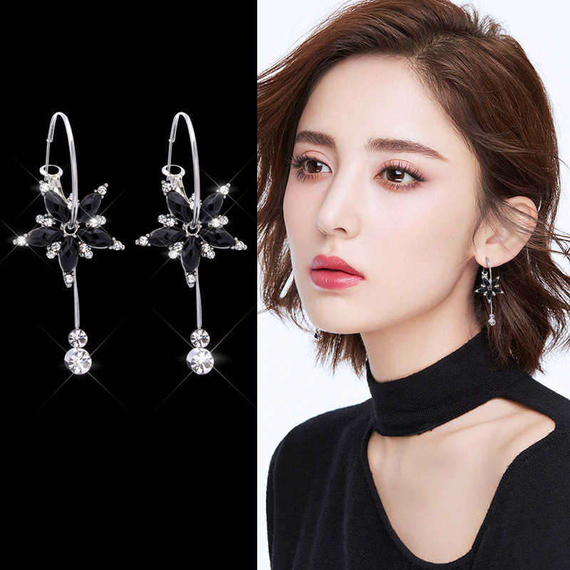 2019 New Earring Fashion Popular Female Temperament Personality Simple Flower Tassel Brincos Long Earring Accessories Wholesale
