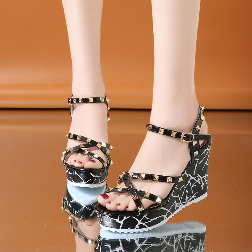 Zapatos Mujer 2018 Shoes Woman Sandals Wedge Summer Lady Fashion High Heels Sandals Elegant Rivets Women Shoes Platform Wedges 33